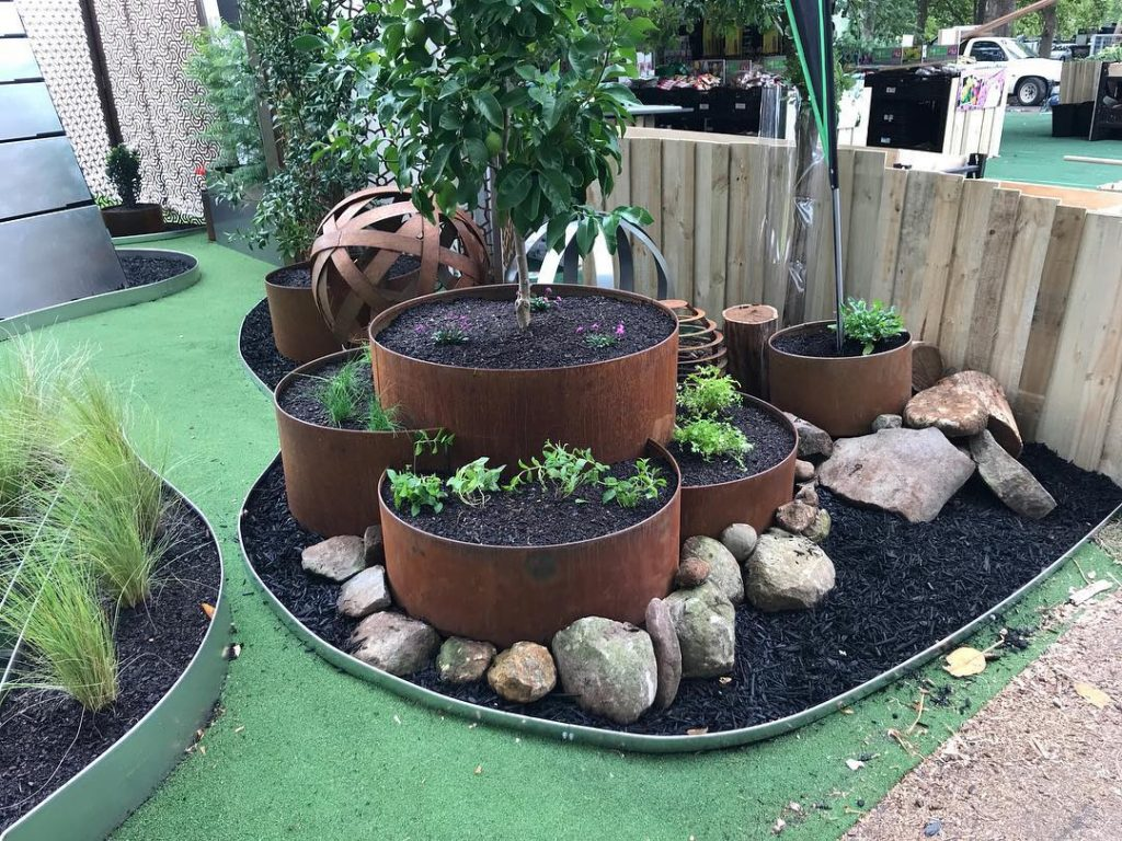 Plants Whitsunday North Queensland Garden Centre sells steel garden edging like Form Boss
